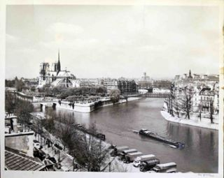 Birdseye view of the Seine with Notre Dame. René Jacquet.