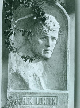 Photograph of Jack London sculpture. Finn Haakon Frolich Studio, J. MacDonald, CA Los Angeles,...
